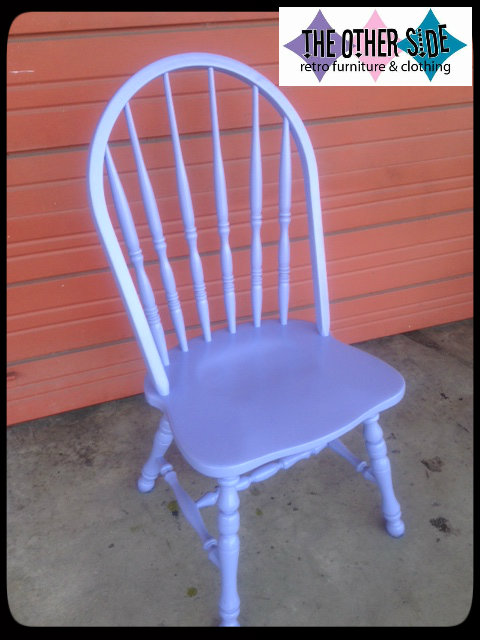 chairlilaclogo