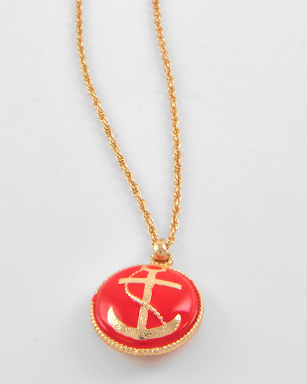 necklaceanchorred